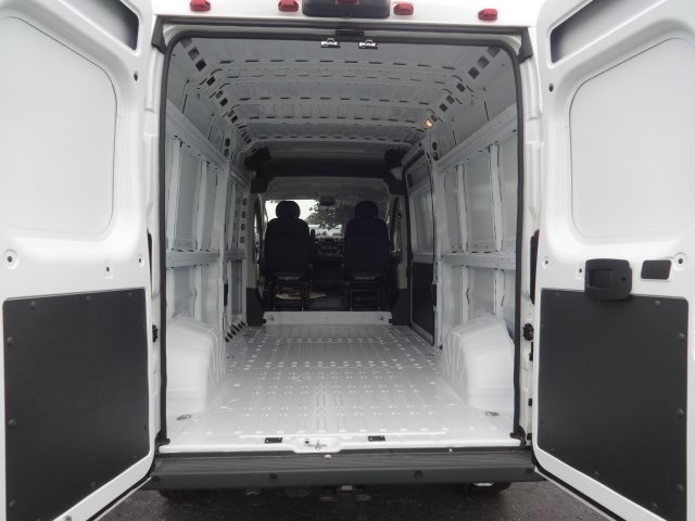 2018 ProMaster 2500 High Roof FWD,  Empty Cargo Van #JE143977 - photo 2
