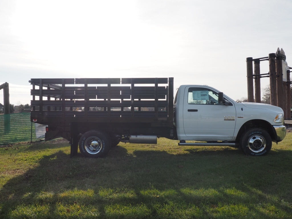 2018 Ram 3500 Regular Cab DRW 4x4 Cab Chassis #JG104635 - photo 4