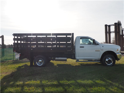2018 Ram 3500 Regular Cab DRW 4x4 Stake Bed #JG104635 - photo 5