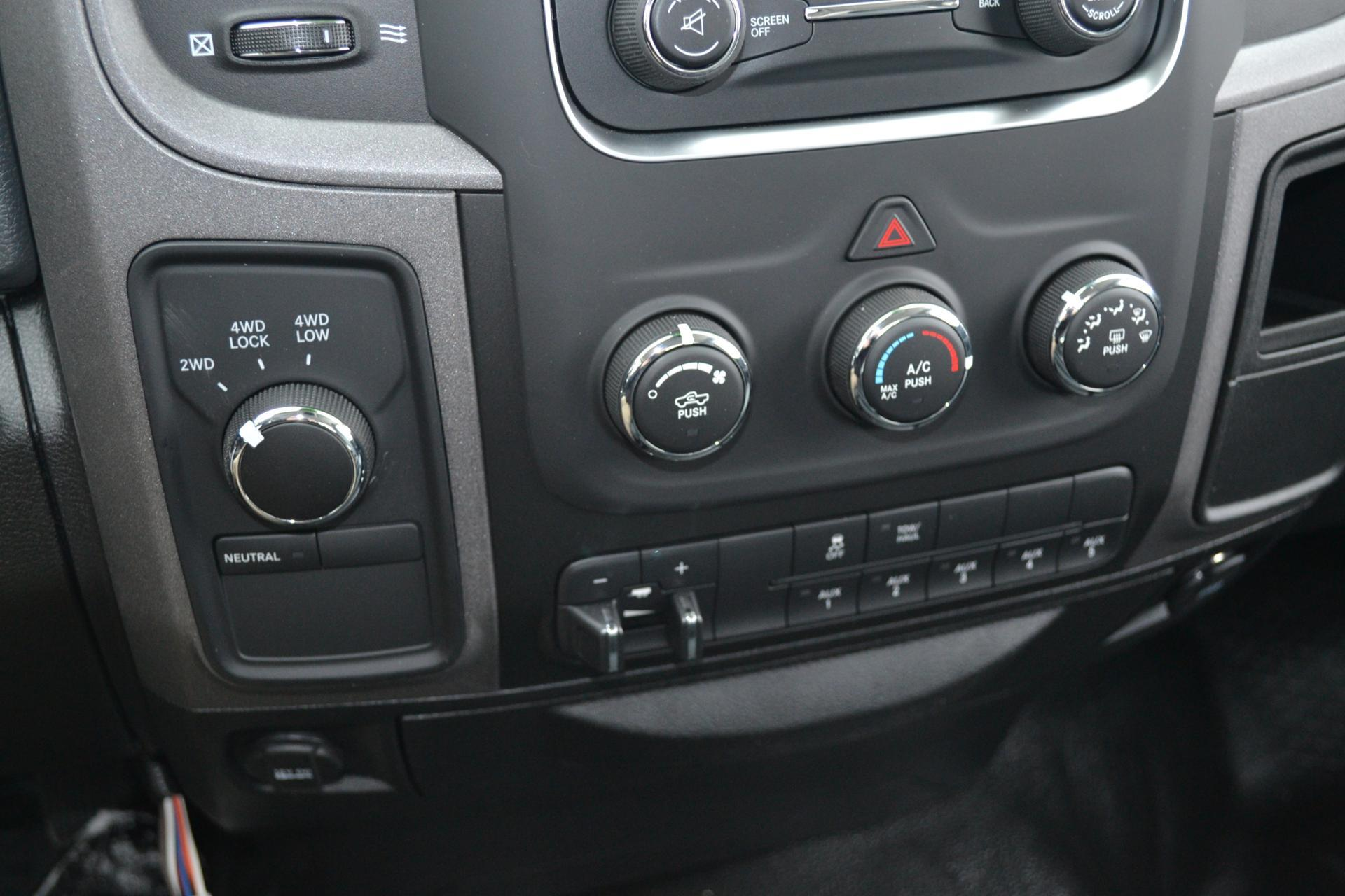 2018 Ram 3500 Regular Cab 4x4,  Pickup #18-1089 - photo 17