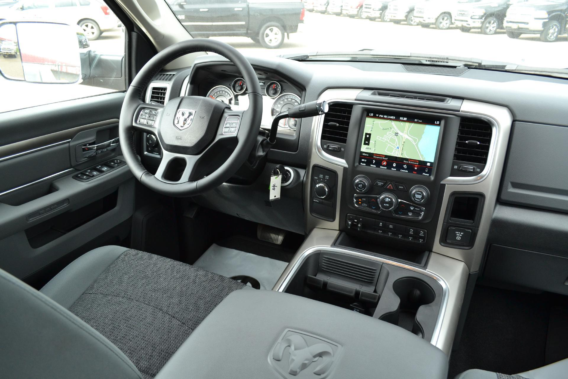 2018 Ram 2500 Crew Cab 4x4,  Pickup #18-834 - photo 11