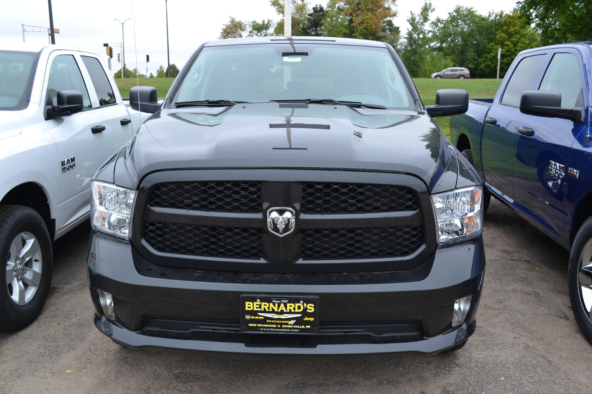 2018 Ram 1500 Quad Cab 4x4,  Pickup #18-927 - photo 4