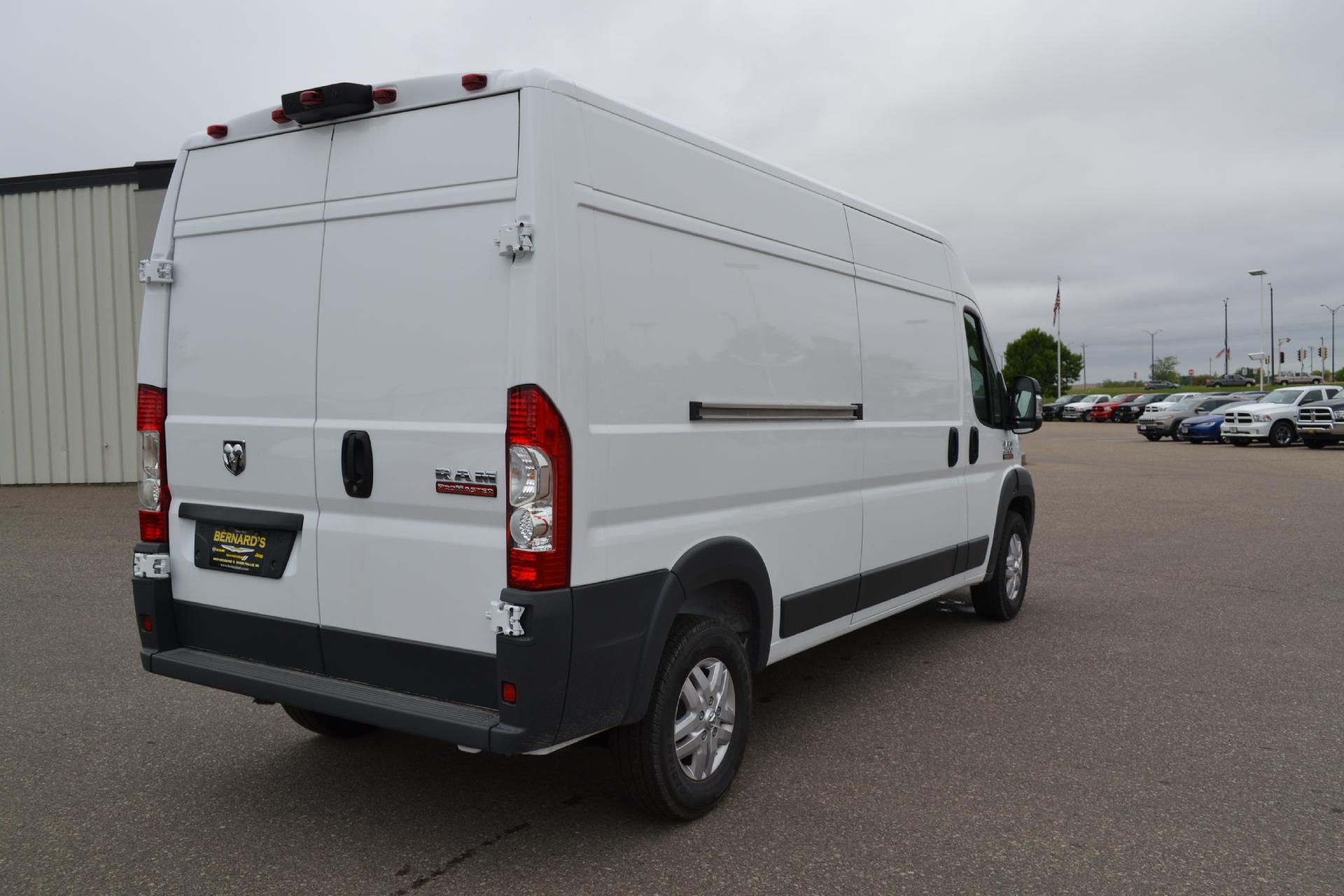 2018 ProMaster 2500 High Roof FWD,  Empty Cargo Van #18-938 - photo 6
