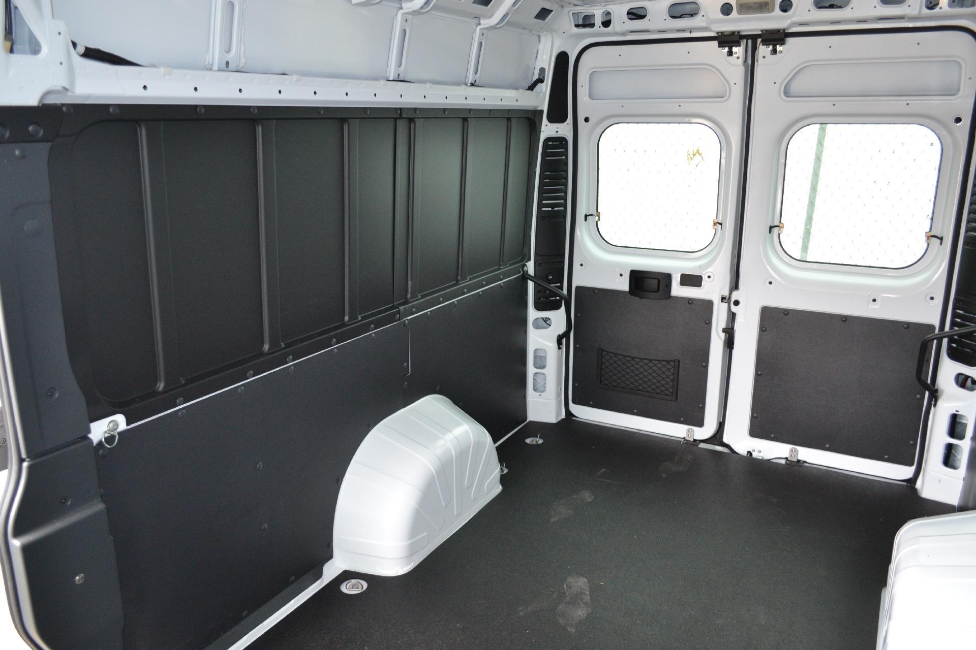 2018 ProMaster 2500 High Roof FWD,  Empty Cargo Van #18-938 - photo 2