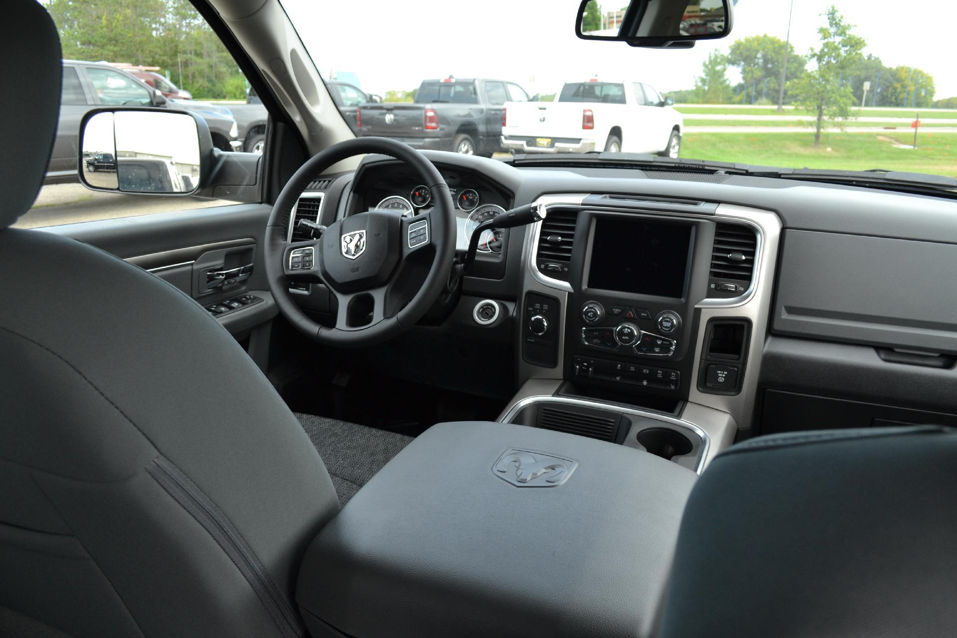 2018 Ram 2500 Crew Cab 4x4,  Pickup #18-983 - photo 11