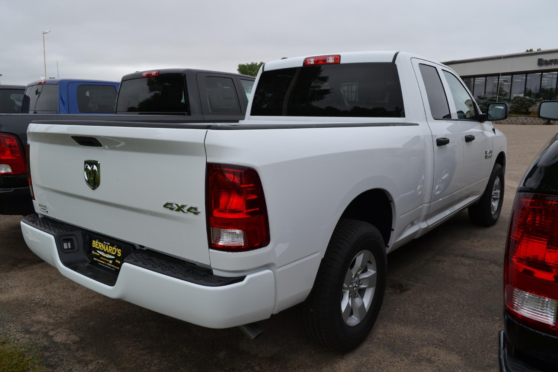 2018 Ram 1500 Quad Cab 4x4,  Pickup #18-986 - photo 6
