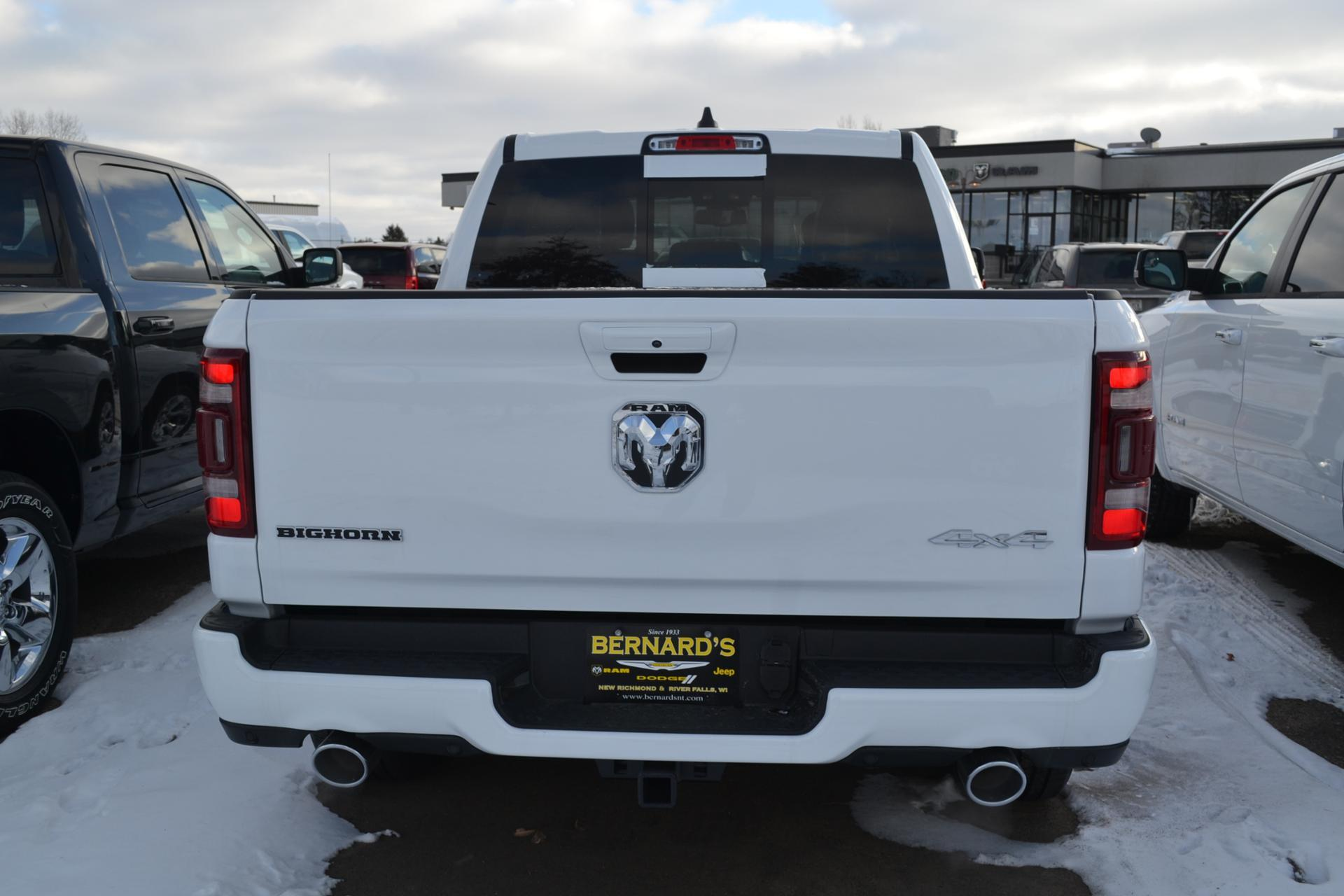 2019 Ram 1500 Crew Cab 4x4,  Pickup #19-323 - photo 6