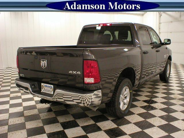 2017 Ram 1500 Crew Cab 4x4 Pickup #7210480 - photo 2