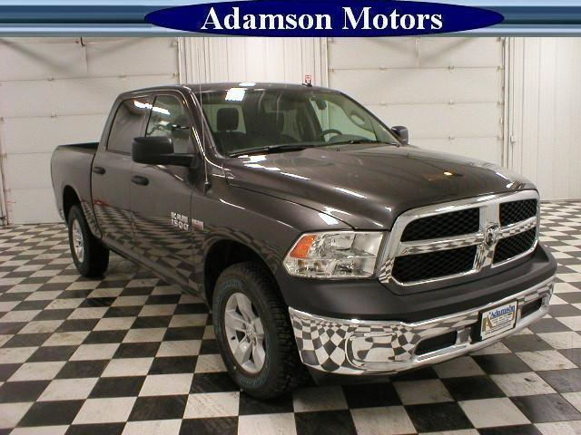 2017 Ram 1500 Crew Cab 4x4 Pickup #7210480 - photo 5