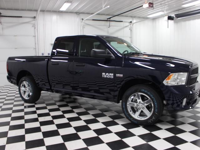2017 Ram 1500 Quad Cab 4x4, Pickup #7212410 - photo 3