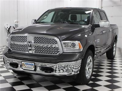 2018 Ram 1500 Crew Cab 4x4 Pickup #8210170 - photo 4
