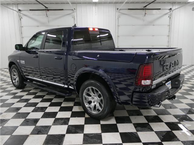 2018 Ram 1500 Crew Cab 4x4, Pickup #8210320 - photo 2