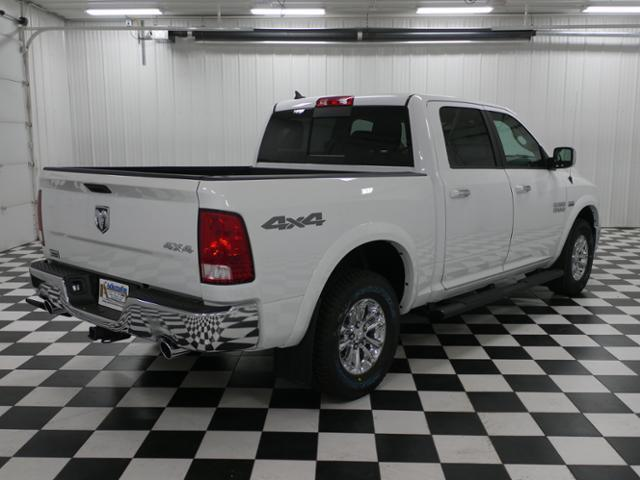 2018 Ram 1500 Crew Cab 4x4 Pickup #8210470 - photo 3