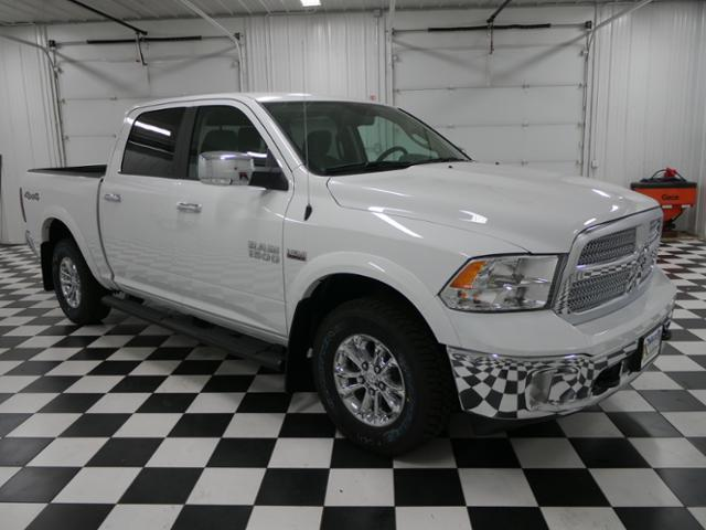 2018 Ram 1500 Crew Cab 4x4 Pickup #8210470 - photo 5