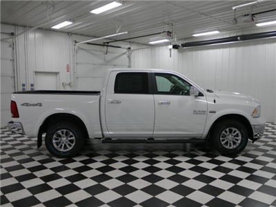 2018 Ram 1500 Crew Cab 4x4 Pickup #8210470 - photo 4