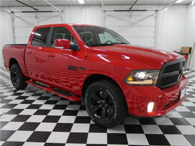 2018 Ram 1500 Crew Cab 4x4, Pickup #8210490 - photo 5