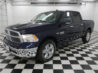 2018 Ram 1500 Crew Cab 4x4, Pickup #8210960 - photo 1