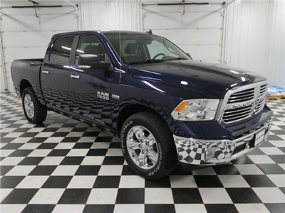 2018 Ram 1500 Crew Cab 4x4, Pickup #8210960 - photo 5