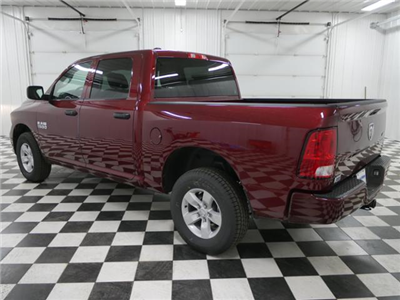2018 Ram 1500 Crew Cab 4x4,  Pickup #8211060 - photo 2