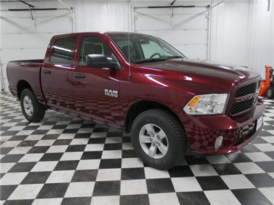 2018 Ram 1500 Crew Cab 4x4,  Pickup #8211060 - photo 5
