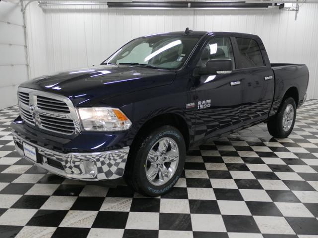 2018 Ram 1500 Crew Cab 4x4, Pickup #8211080 - photo 1