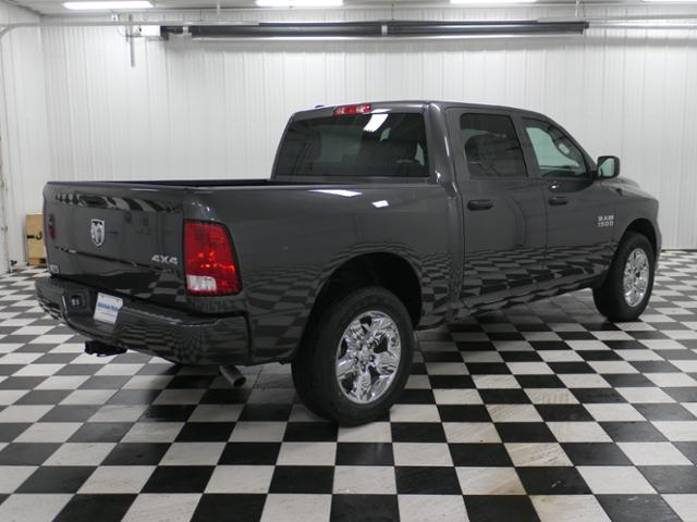 2018 Ram 1500 Crew Cab 4x4,  Pickup #8211200 - photo 3