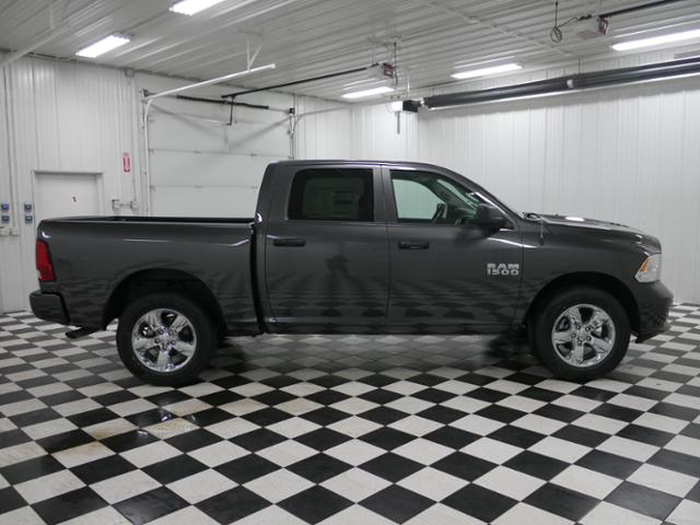 2018 Ram 1500 Crew Cab 4x4,  Pickup #8211200 - photo 4