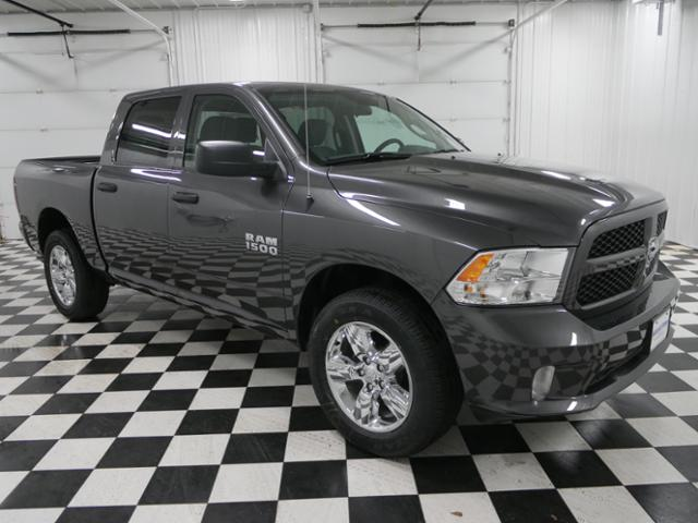 2018 Ram 1500 Crew Cab 4x4,  Pickup #8211200 - photo 5