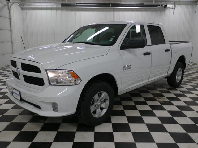 2018 Ram 1500 Crew Cab 4x4, Pickup #8211220 - photo 1