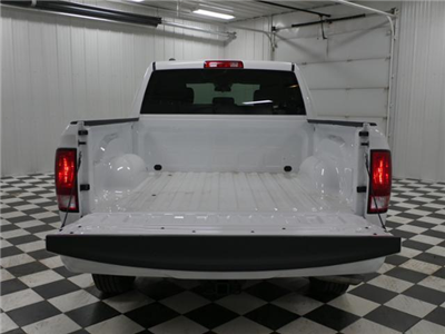 2018 Ram 1500 Crew Cab 4x4, Pickup #8211220 - photo 11