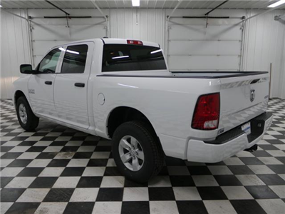 2018 Ram 1500 Crew Cab 4x4, Pickup #8211220 - photo 2