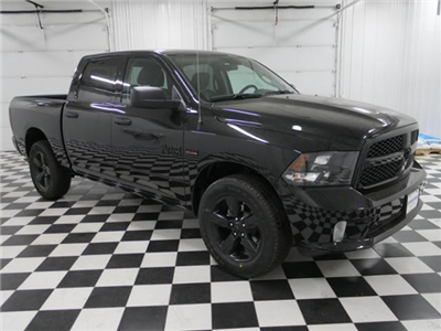 2018 Ram 1500 Crew Cab 4x4, Pickup #8211370 - photo 5