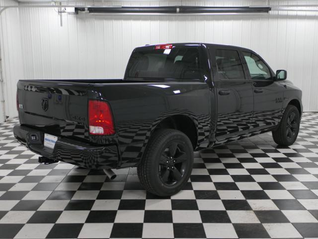 2018 Ram 1500 Crew Cab 4x4, Pickup #8211380 - photo 3