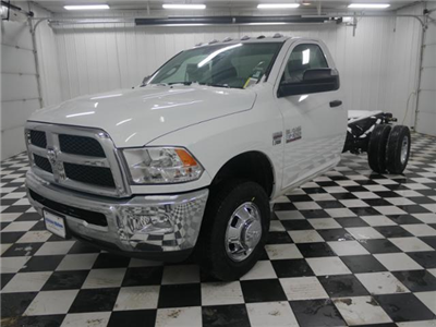 2018 Ram 3500 Regular Cab DRW 4x4 Cab Chassis #8220070 - photo 1
