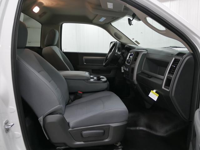 2018 Ram 3500 Regular Cab DRW 4x4, Cab Chassis #8220130 - photo 8