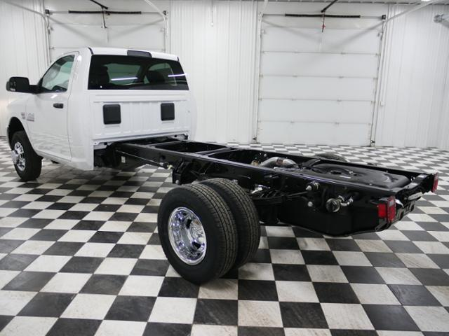 2018 Ram 3500 Regular Cab DRW 4x4,  Cab Chassis #8220210 - photo 2