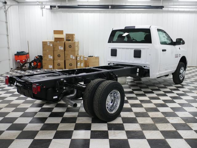 2018 Ram 3500 Regular Cab DRW 4x4,  Cab Chassis #8220210 - photo 3