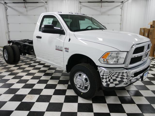 2018 Ram 3500 Regular Cab DRW 4x4,  Cab Chassis #8220210 - photo 5