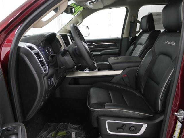 2019 Ram 1500 Crew Cab 4x4, Pickup #9210030 - photo 7