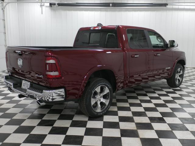 2019 Ram 1500 Crew Cab 4x4, Pickup #9210030 - photo 3