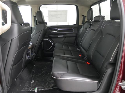 2019 Ram 1500 Crew Cab 4x4, Pickup #9210030 - photo 8
