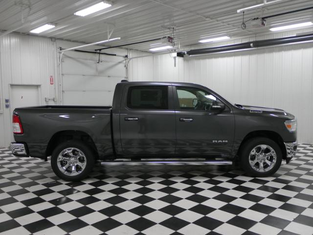2019 Ram 1500 Crew Cab 4x4,  Pickup #9210530 - photo 4