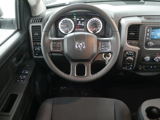 2019 Ram 1500 Quad Cab 4x4,  Pickup #9210590 - photo 9