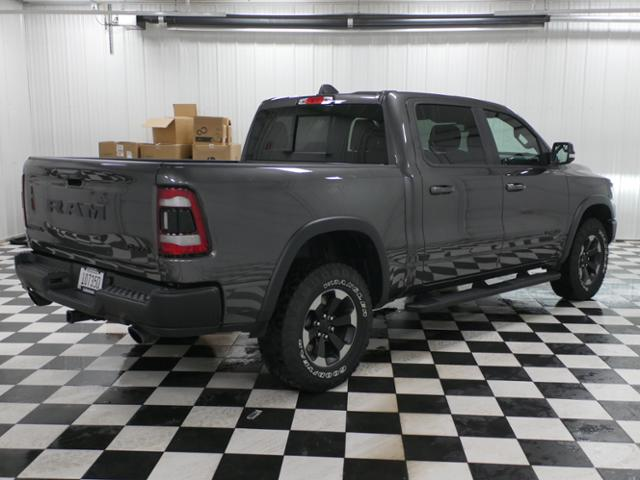 2019 Ram 1500 Crew Cab 4x4,  Pickup #9210610 - photo 3