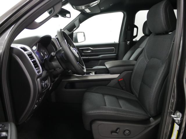 2019 Ram 1500 Crew Cab 4x4,  Pickup #9211200 - photo 7