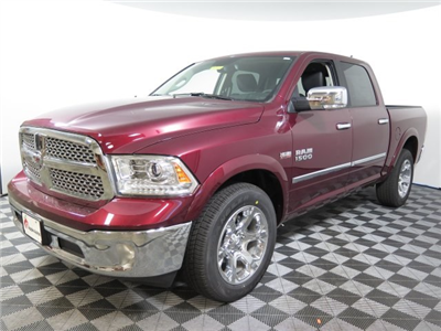 2017 Ram 1500 Crew Cab 4x4 Pickup #D1273 - photo 4