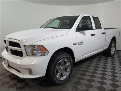2018 Ram 1500 Quad Cab 4x4 Pickup #D1587 - photo 4