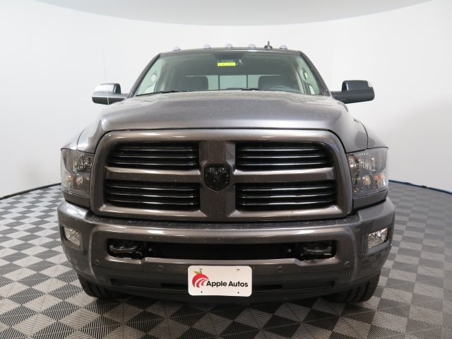 2017 Ram 3500 Crew Cab 4x4 Pickup #D1588 - photo 3