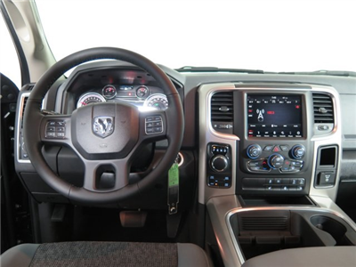 2018 Ram 1500 Crew Cab 4x4, Pickup #D1599 - photo 23