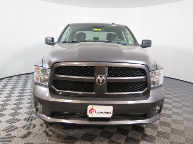 2018 Ram 1500 Crew Cab 4x4, Pickup #D1748 - photo 3